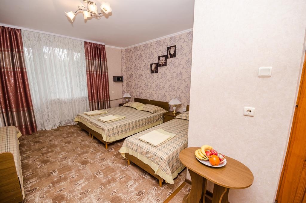 Отдых в Крыму, четырехместный номер