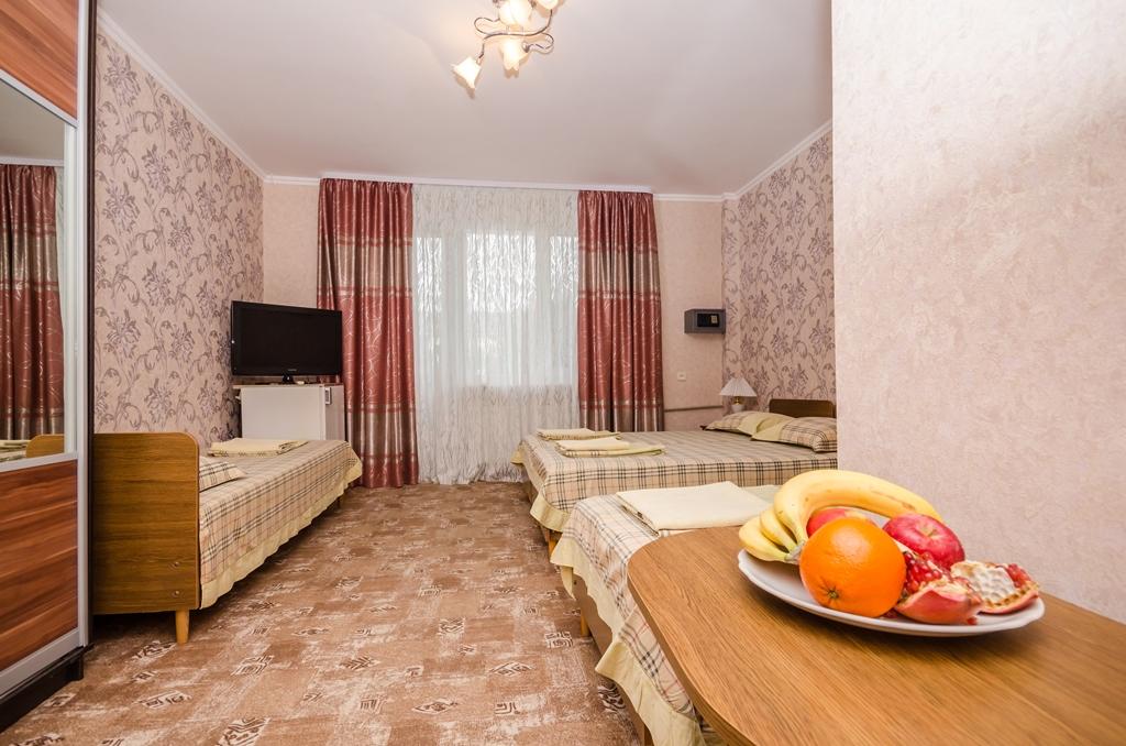 Отдых в Крыму в номере для четверых