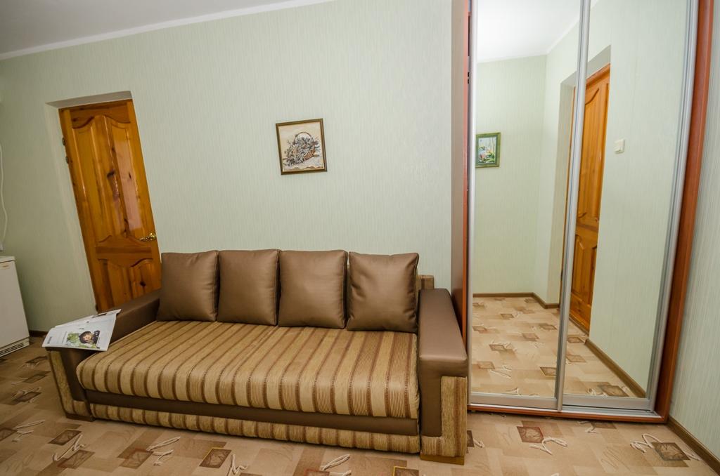 Отдых в Крыму, номер люкс.